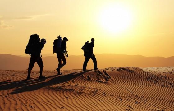טיול רגלי במדבר